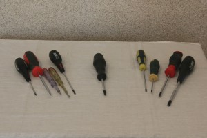 Набор шлицевых и фигурных отверток