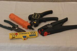 Ручная и механическая зачистка для проводов